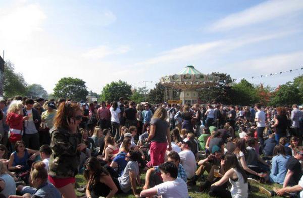 visit london, london festivals, summer festivals, music festivals, field day, vistoria park, grimes, franz ferdinand, the vaccines, kindness, london music, great live concerts