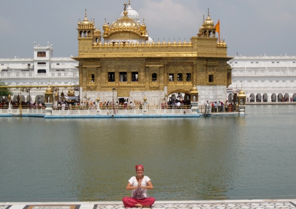 golden temple, biggest sikh temple in the world, amritsar, north of india, india