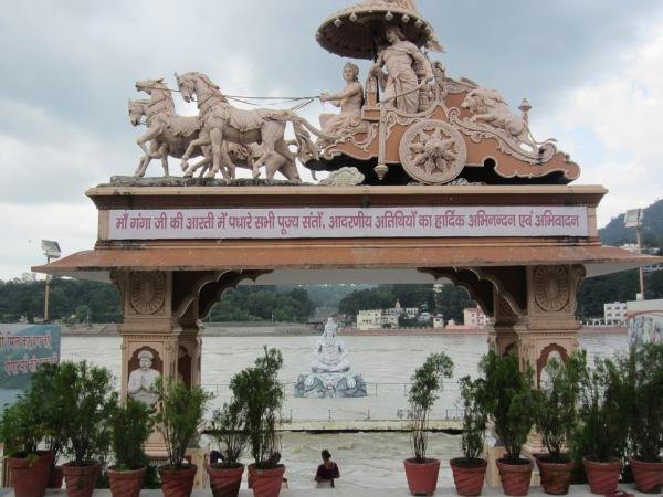 rishikesh, international capital of yoga, ashrams, hinduism, meditation, ganga river