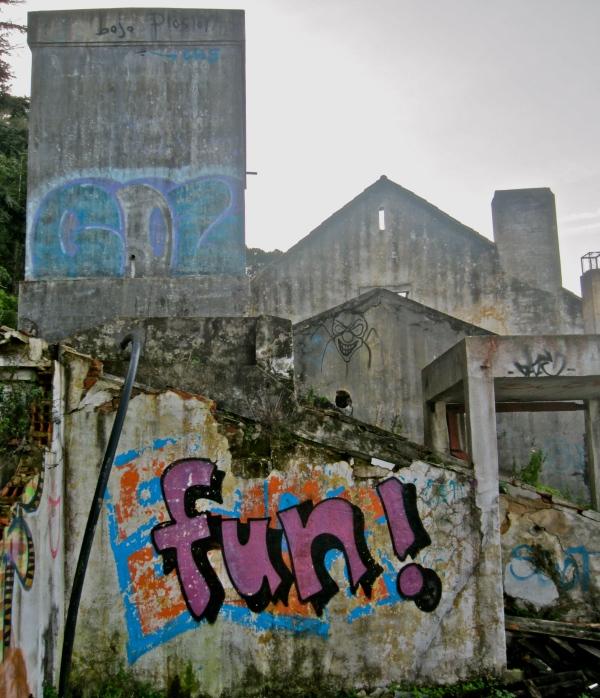 Graffiti in Lisbon, lisbon street art, lisboa, portugal, best kept secret spots in lisbon, best cities in europe, great european cities