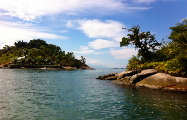 paraty boat trips,brazil, rio de janeiro, south america, places to visit in brazil, cool destinations in brasil, best hidden places, beaches in brazil, places near rio