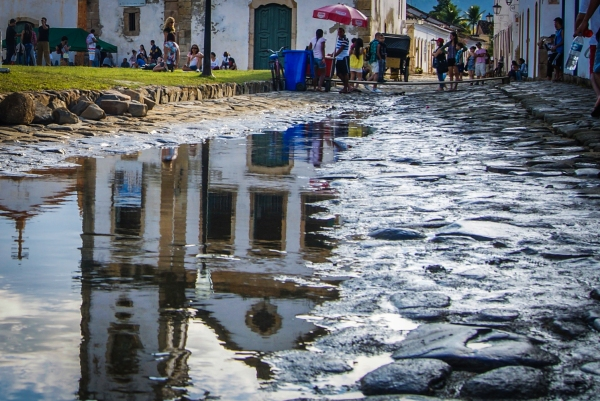 paraty church, portuguese influence in brazilian architecture, brasil, rio de janeiro, destinations in south america, bets hidden places