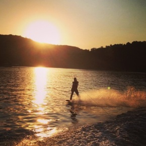 wakeboarding at sunset, wakeboard, water sports, boat, good places to visit in brazil, bitauna, brazil, brasil, minas gerais, belo horizonte,