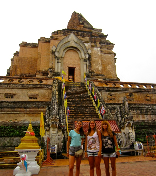 chiang mai temple, north of thailand, buddhist temples, cool places in chiang mai