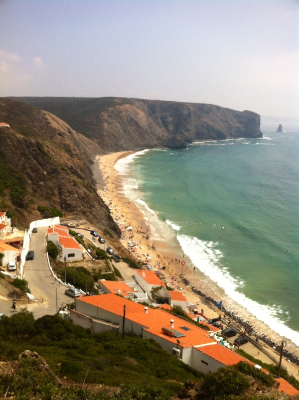 arrifana beach, aljezur, alentejana coast, vicentina route, rota vicentina, portuguese beaches, southwest coast of portugal, best beaches in europe, best hidden spots