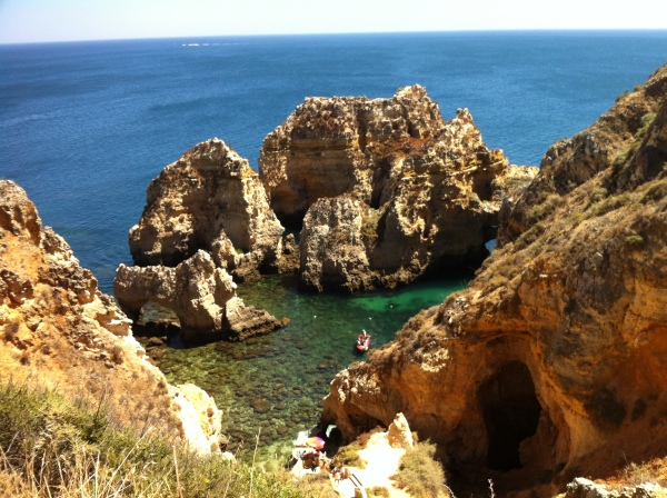 ponta da piedade, swimming in the atlantic ocean, atlantic water, algarve, south of portugal, best beaches in europe, where to go for the summer, best holiday destination, portuguese hidden places, best spots for vacation, ponta da piedade, best view in lagos, famous portuguese cliffs, most touristic place in algarve, visit the caves
