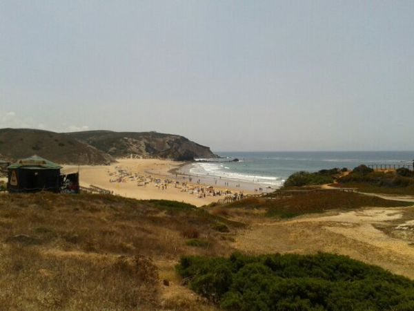carrapateira, praia do amado, surfers beach, best hidden places in portugal, south of portugal, algarve, alentejo, south corner of portugal, portuguese beaches, surfers paradise, best places for surfing, best waves in the world