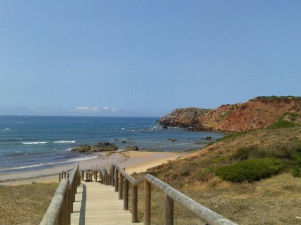 Praia do Amado, sagres, south of portugal, south corner of portugal, surfers paradise, best beaches for surf, amado surf classes